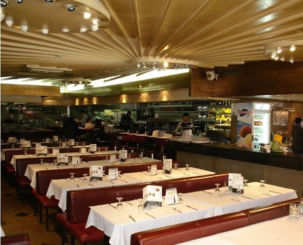 Francesinha Restaurant Porto Cufra