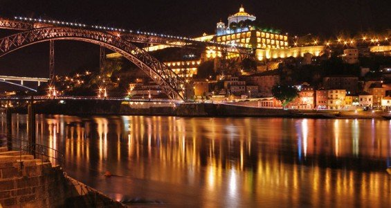 Ribeira by night, Porto
