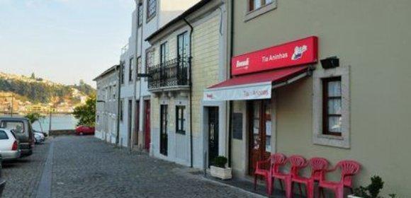 Tia Aninhas, Porto